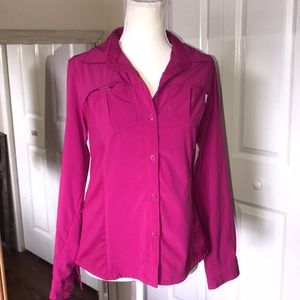 Columbia sm Omni-shade hi/low sleeve fuchsia shirt